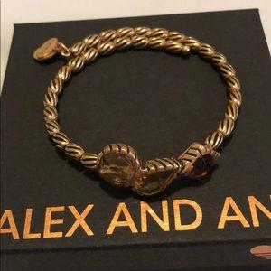 Very pretty in Alex And Ani 3 stones❤️